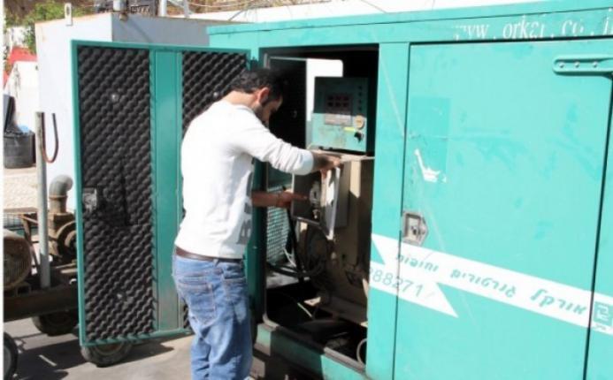 غزة.. سلطة الطاقة تؤكد التوصل إلى حل لقضية المولدات التجارية