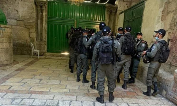 إصابة شاب بجروح وكسور إثر اعتداء قوات الاحتلال عليه في القدس