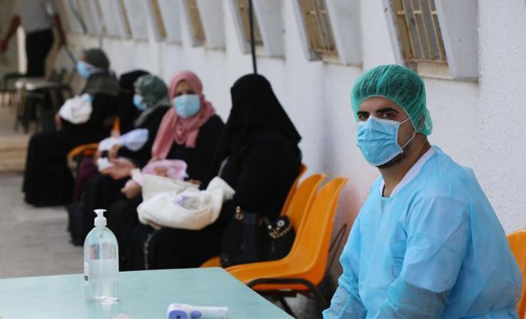 الصحة: الإصابات بفيروس (كورونا) في قطاع غزة بدأت بالارتفاع