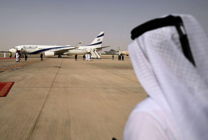 لأول مرة طائرة ركاب إماراتية تهبط بمطار تل أبيب قادمة من أبوظبي