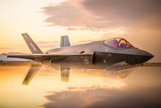 """نتنياهو وغانتس يعلنان موافقتهما على بيع مقاتلات """"إف-35"""" لـ """"أبوظبي"""""""