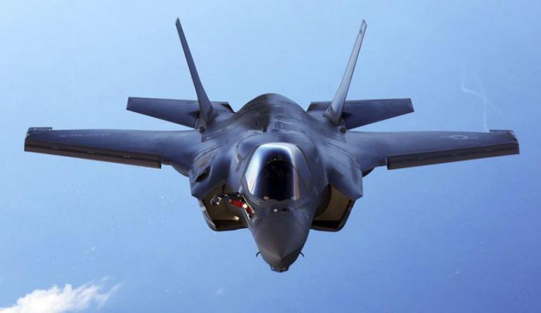 """أمنيون إسرائيليون : طالبنا واشنطن بالطائرات الأكثر تطوراً في العالم مقابل """"إف35"""" للإمارات"""