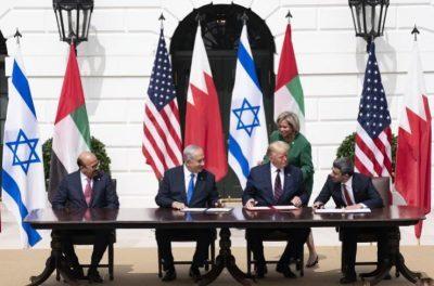 صحيفة عبرية: ما أهداف الولايات المتحدة من التطبيع بين إسرائيل ودول عربية؟