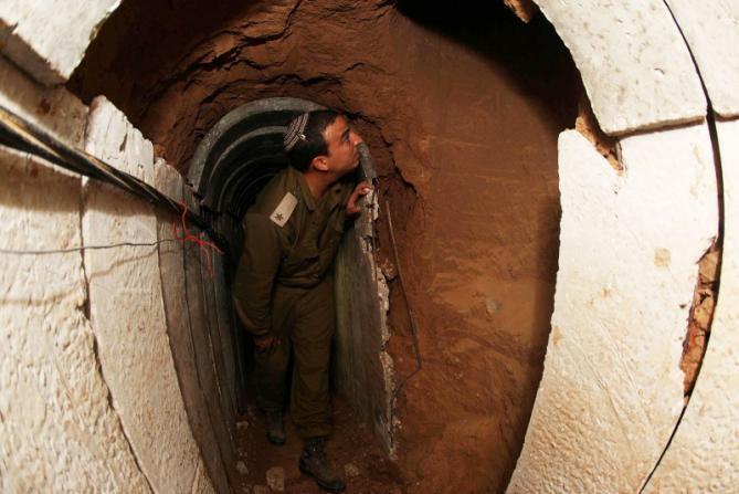 الجيش الإسرائيلي يزعم اكتشاف نفق اجتاز الحدود من مدينة خانيونس