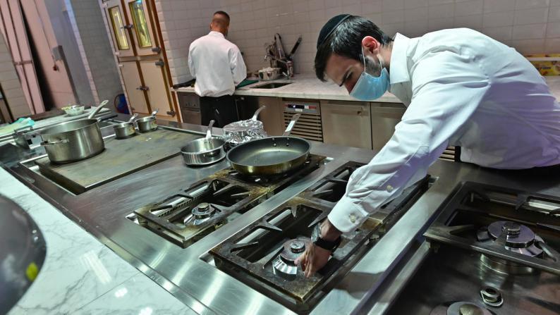 إمارة دبي تتحضر لافتتاح مطاعم متوافقة مع الشريعة اليهودية