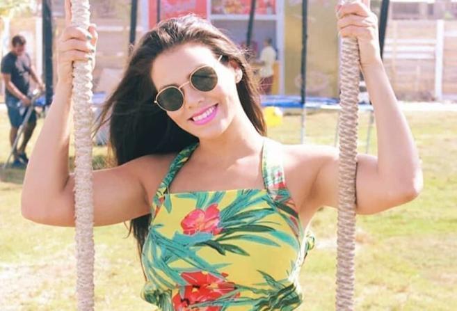 شاهد.. الراقصة البرازيلية لوردينا تثير جدلًا واسعًا على السوشيال ميديا