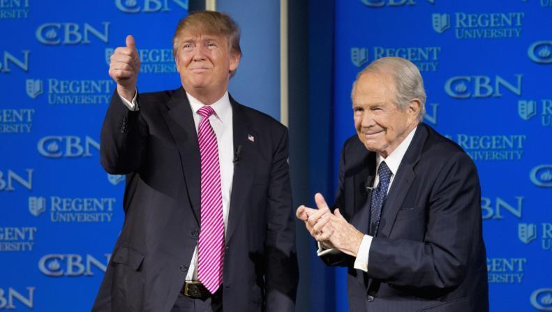 """قس أمريكي يتوقع فوز ترامب وحربا ضد """"إسرائيل"""" ونهاية العالم"""