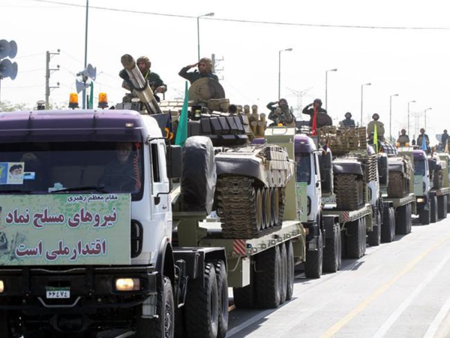 """إيران تهدد """"أعدائها"""" بالرد المؤلم والمدوي"""