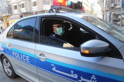 الشرطة بغزة تُوجه تحذيراً للمركبات المخالفة وركابها