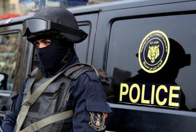 """الأمطار تكشف تفاصيل """"جريمة قتل غامضة"""" في مصر"""