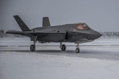 إسرائيل تحصل على طائرة F-35 لتجارب متطورة وقدرات سرية