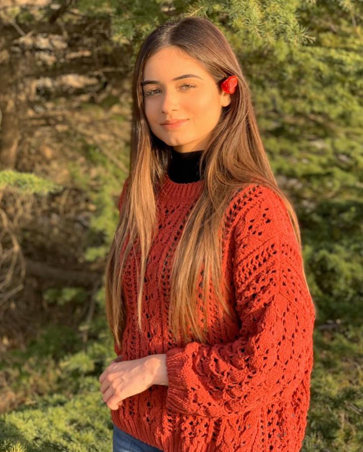 شاهد صور الإعلامية اللبنانية الملكة فلك كساب