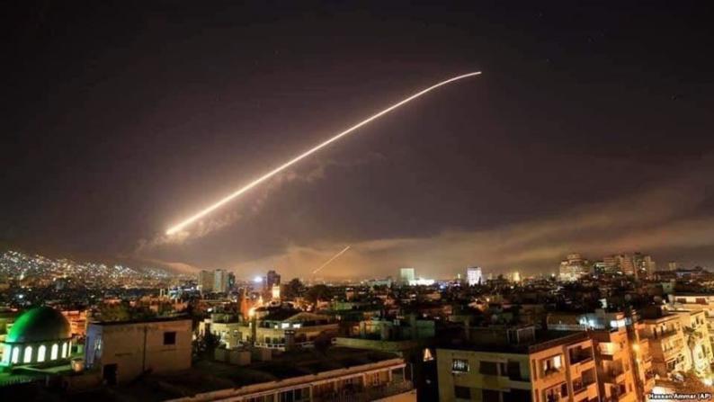 بعد عدوانها على سوريا.. إسرائيل تغلق المجال الجوي بعد قصف الجولان