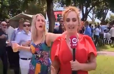 """استراليا.. مشهد لتحرش سافر بمراسلة تلفزيونية """"شاهد"""""""