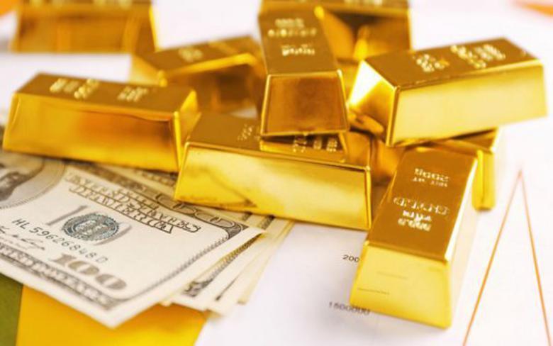 الذهب يتعافى مجدداً والدولار يتراجع عالمياً