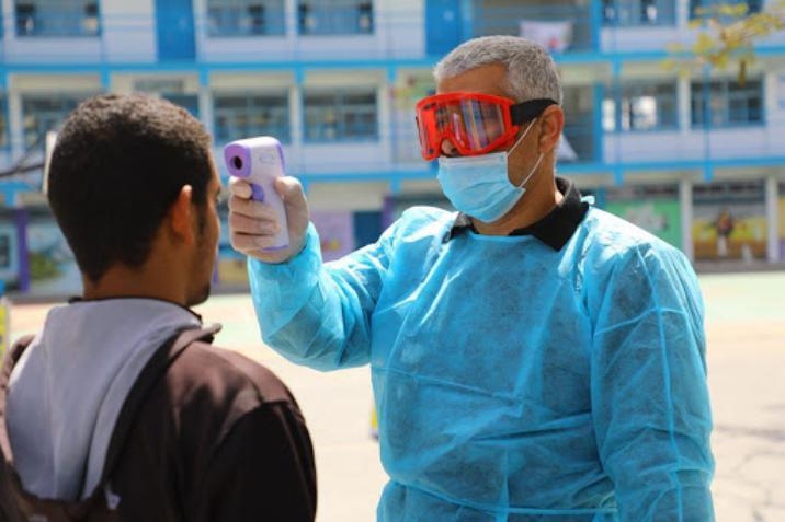 غزة : عودة طلاب المرحلة الإعدادية لمقاعد الدراسة في مدارس الأونروا
