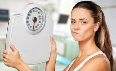 5 أسباب وراء زيادة وزنك في الشتاء وكيفية تجنبها