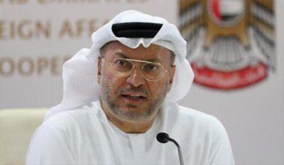 """الوزير الإماراتي """"أنور قرقاش"""" يتهم الإعلام القطري بتقويض جهود المصالحة الخليجية"""