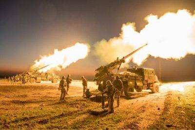 الكويت.. تدريب أميركي على نظام المدفعية الصاروخية
