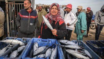 أسعار الأسماك الطازجة في أسواق غزة اليوم الجمعة