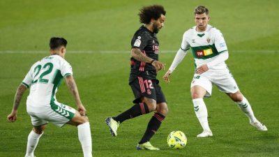 إلتشي يرفض الخسارة ويخطف نقطة من ريال مدريد