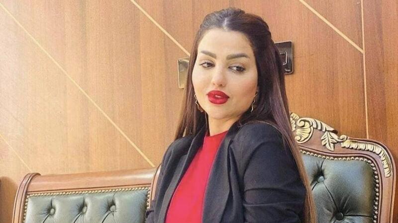 الفنانين العراقيين توقف إسراء العبيدي عن العمل