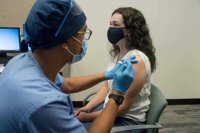 الخوف من اللقاح أصبح أكثر خوفا من الفيروس