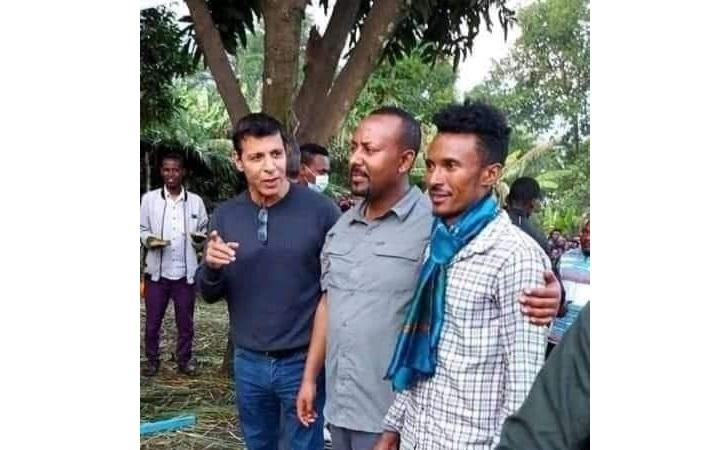 محمد دحلان برفقة رئيس الوزراء الإثيوبي آبي أحمد