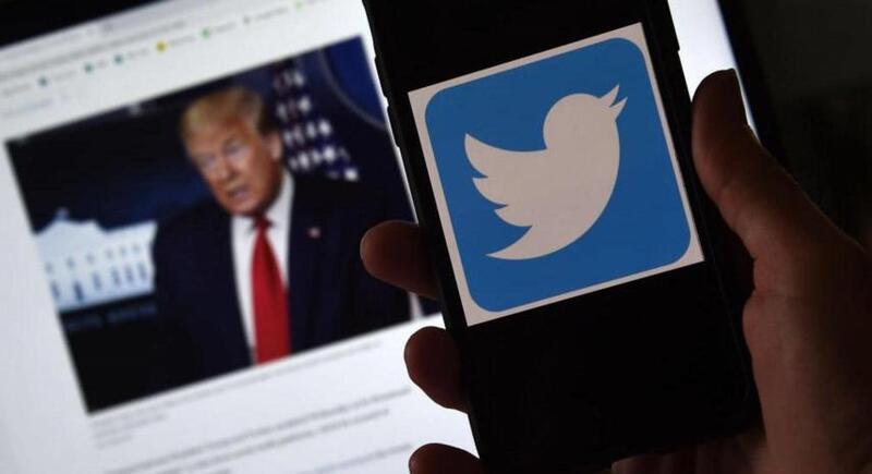 ترامب يفكر في بناء منصته الخاصة بعد إغلاق تويتر لحسابه ويتهم الموقع بـ