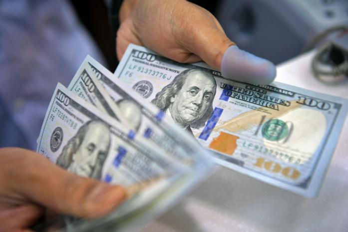 تعرف على سعر الدولار اليوم مقابل الشيكل