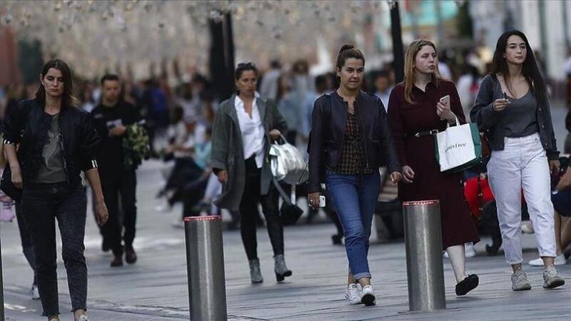 بريطانيا: إصابات (كورونا) اليومية تتجاوز الـ60 ألفا