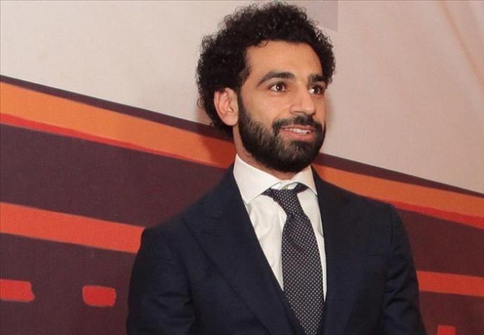 محمد صلاح يتبرع بخزان أكسجين طبي لمرضى كورونا
