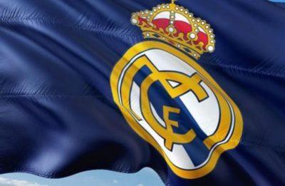تقارير تؤكد تمديد عقود بنزيما وكارفاخال في ريال مدريد حتى 2023