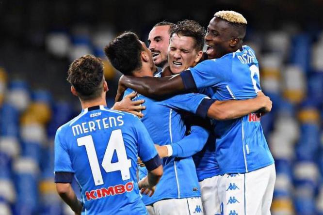 كأس إيطاليا.. نابولي يكمل عقد نصف النهائي