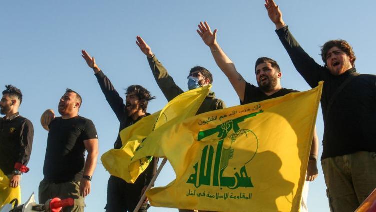 تحذير إسرائيلي إلى إيران وحزب الله وحديث عن مستقبل الغارات على سوريا