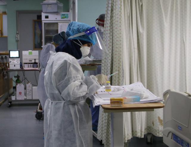 الصحة برام الله: الإصابات بارتفاع وسنجري فحوصات للسلالة الجديدة