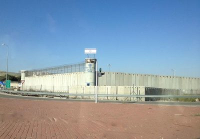 إصابات جديدة بــ (كورونا) بين صفوف الأسرى بالسجون الإسرائيلية
