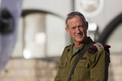 غانتس يطالب الحكومة الإسرائيلية المقبلة بالعودة للمفاوضات مع السلطة الفلسطينية
