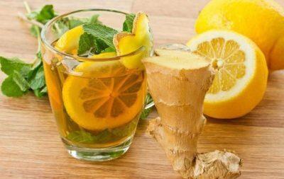 ماذا يحدث للجسم عند تناول كأسة من الليمون والكركم قبل النوم؟