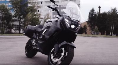 شاهد| روسيا تستعرض دراجات Aurus الكهربائية الفاخرة والمتطورة