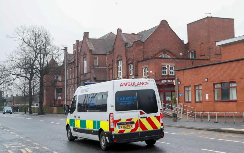بريطانيا تسجل 2524 إصابة و33 وفاة جديدة بـ (كورونا)
