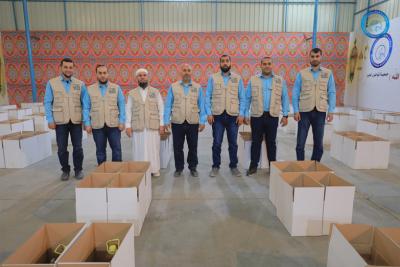 """""""طريق عمر"""".. توزيع آلاف الطرود الغذائية خلال شهر رمضان المبارك"""