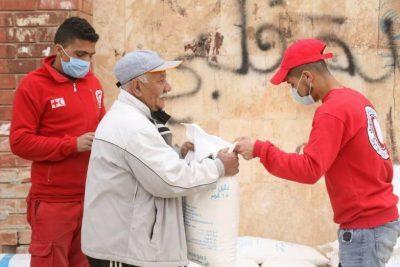 استقبال شهر رمضان بمساعدات غذائية في دير الزور