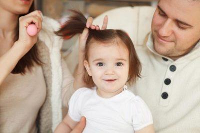4 نصائح للعناية بشعر طفلك