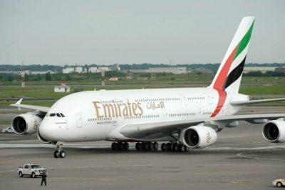 عقب قرار سعودي.. طيران الإمارات تعلق رحلاتها إلى المملكة