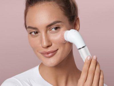 مزايا فرشاة تنظيف الوجه الكهربائية.. ونصائح ضرورية لاستخدام آمن