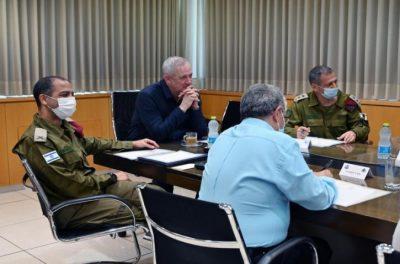 نتائج اجتماع غانتس مع كوخافي حول الهجوم على السفينة التجارية الإسرائيلية