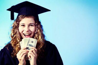 الآن قدم طلب للحصول على مساعدة مالية أو منحة دراسية